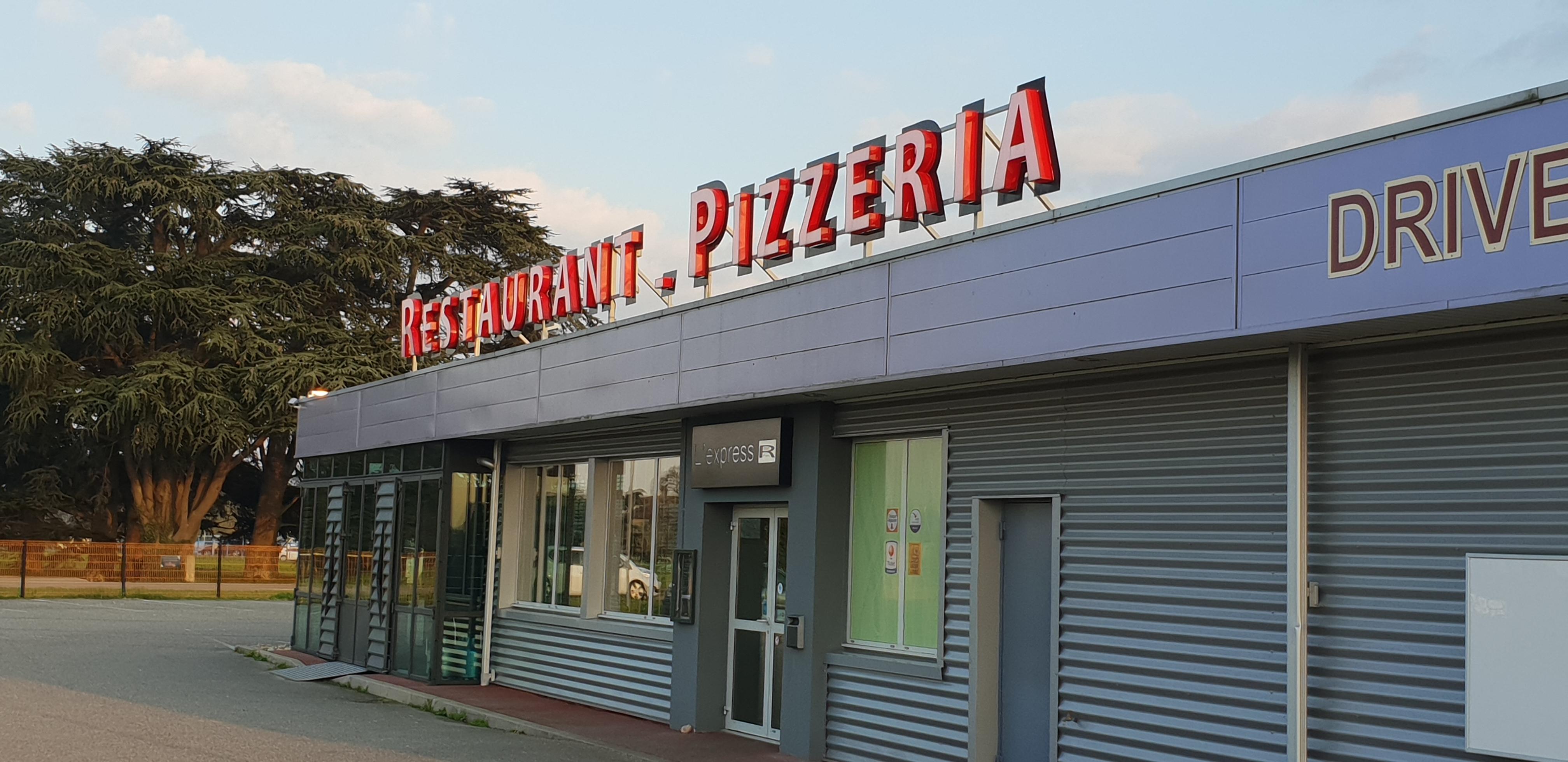 restaurant pizzeria l 39 express agen 47 livraison pizza domicile agen. Black Bedroom Furniture Sets. Home Design Ideas